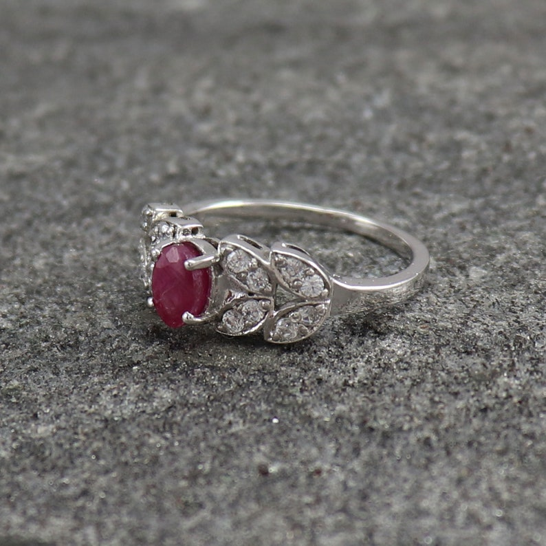 925 Sterling Silver Ring Natural Ruby Ring Antique Jewelry Engagement Promise Ring Antique Ring EY126 Ring Size US 8 Silver Band Ring