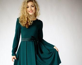 Green winter dress long sleeve, dresses for women, fit and flare dress, office dress, casual dress, elegant dress, green midi dress