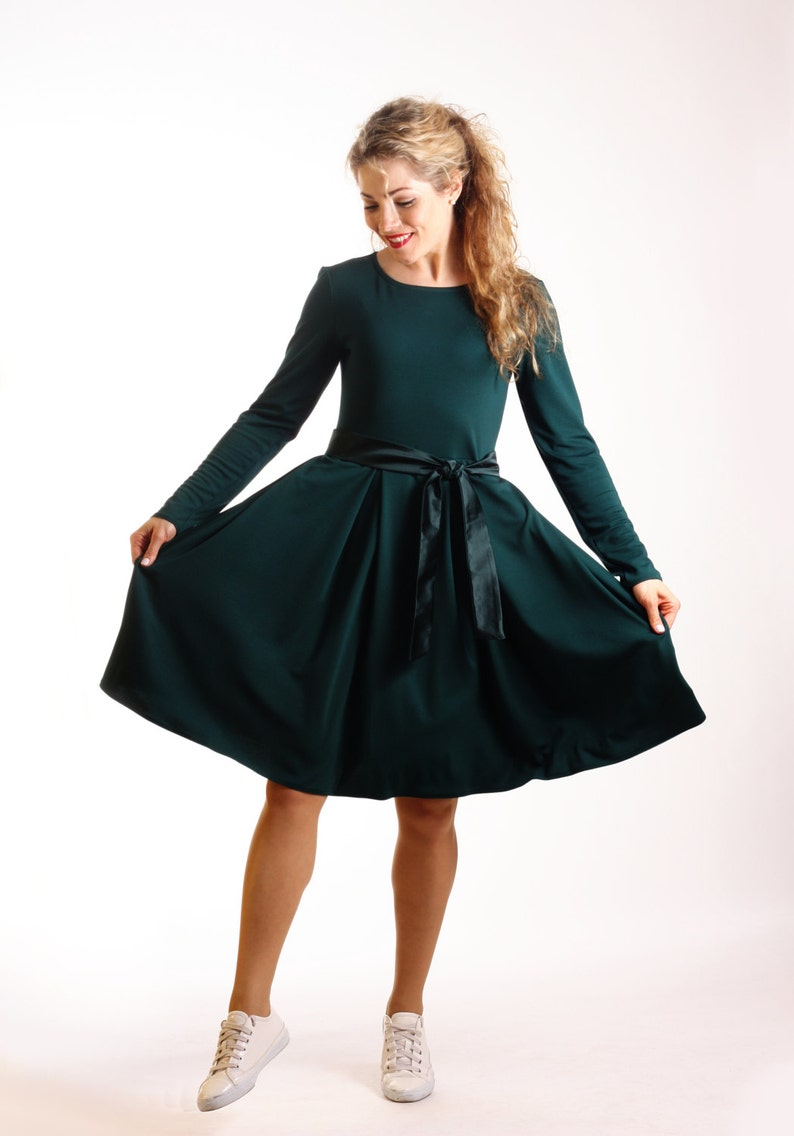 Dark green dress long sleeve skater dress with pockets  f441004e7