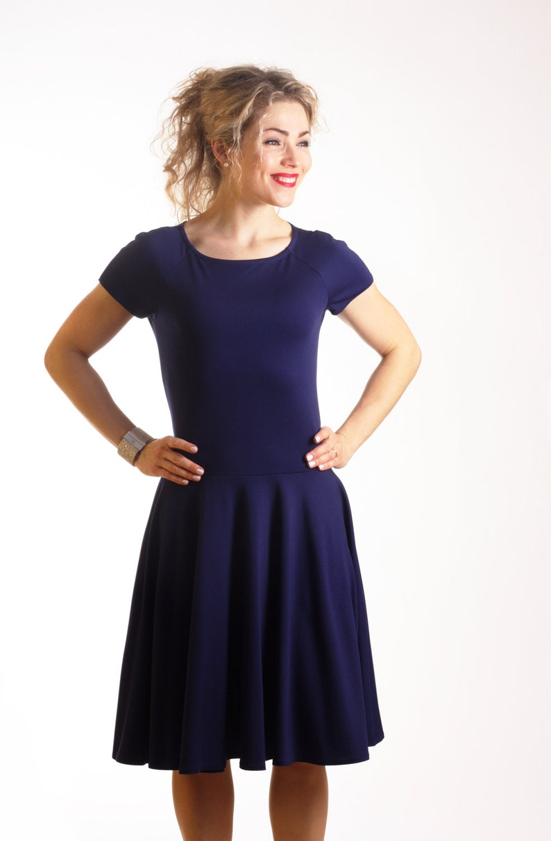 3868ab1bdb82 Navy blue fit and flare dress with short sleeves dark blue