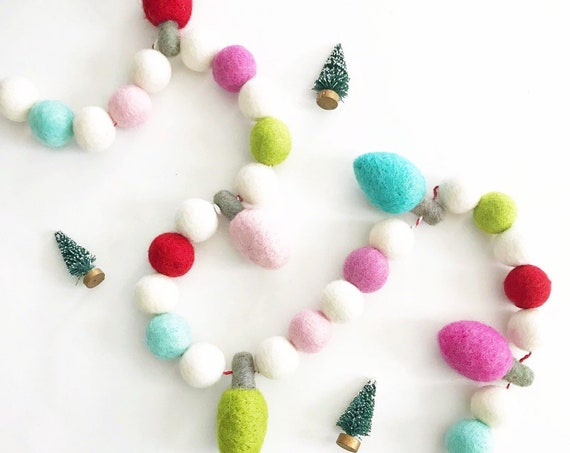 Christmas Light Felt Ball Garland