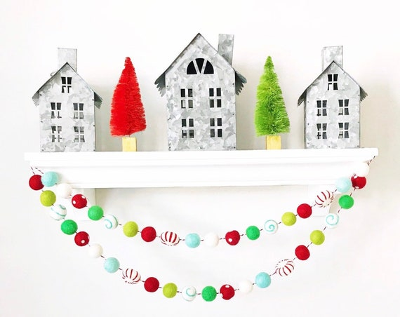 Christmas Garland / Felt Ball Garland / Woolie Garland / Wool Felt Balls / Christmas Decorations / Be Merry / Peppermint Felt Ball Garland