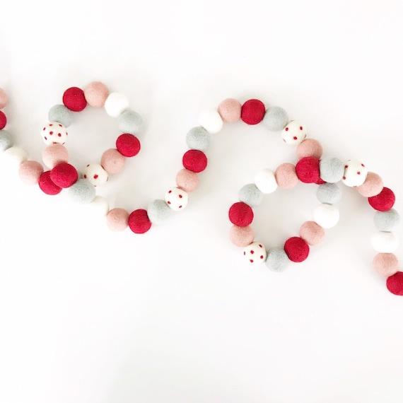 Valentine's Day Garland | Red, Pink & Gray Felt Ball Garland | Pom Pom Garland | Valentine's Day Decorations | Galentine's Day | Xoxo