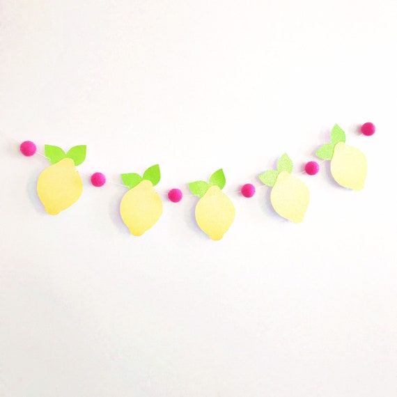 Lemon Banner / Lemon Garland / Felt Ball Garland / Lemonade Stand Sign / Lemonade Stand Banner / Lemonade Party / Lemon Decorations