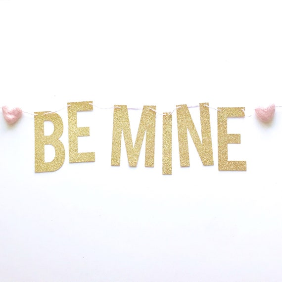 Be Mine Banner with Felt Hearts | Valentine's Day Decorations | Valentine's Day Banner | Galentine's Day | XoXoXo | Be Mine Garland