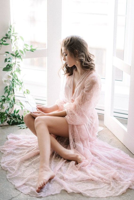 Pink Robe Medium Eve/'s Collections Long Lacy  Vintage Lingerie