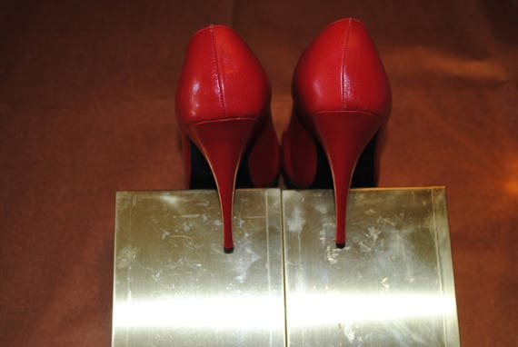 Red 1950's shoes - size: 35 - image 2