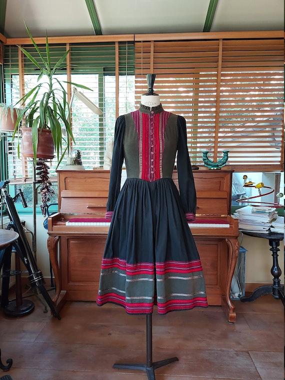 Dress ''Anastasia' 1970 -T: 36