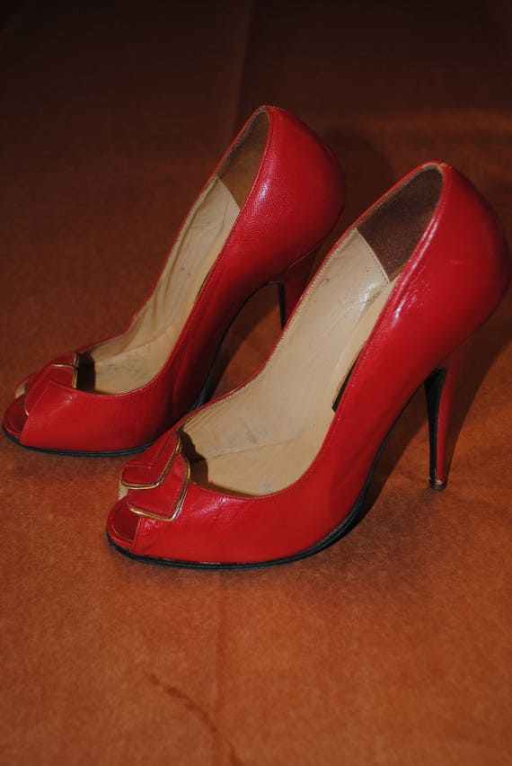 Red 1950's shoes - size: 35