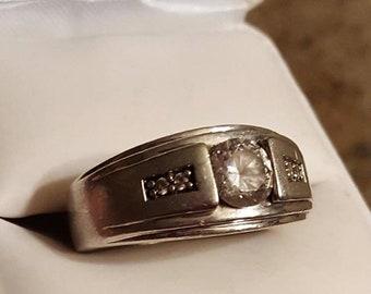 Vintage Sterling Silver Men's CZ Ring Size 10.5