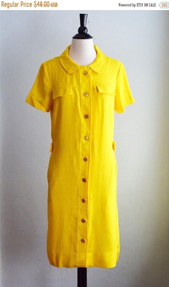 """1960's Peter Pan Collar Shift Dress/Waist 28"""""""