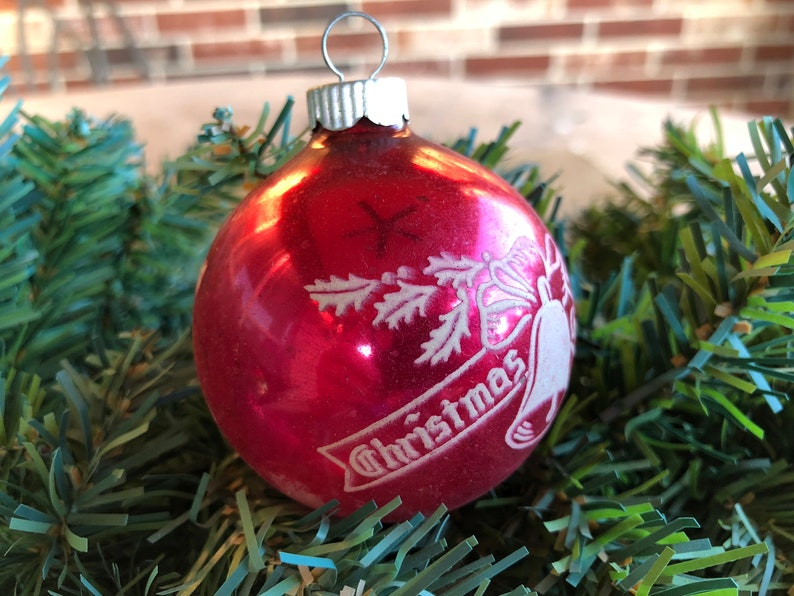 Vintage 2 14  Shiny Brite Stenciled 50/'s Dark Pink Christmas Greetings Ribbon Banner with Bell Mercury Glass Christmas Ornament
