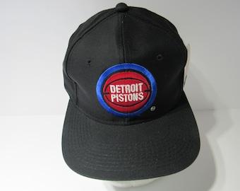 a6556a762fe29 Black Vintage 90s NBA Detroit Pistons Snapback Deadstock Hat Cap NWT G Cap