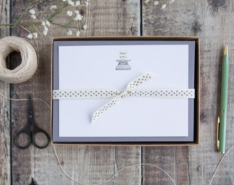 Correspondence cards with antique typewriter