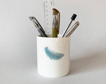 Pen pots