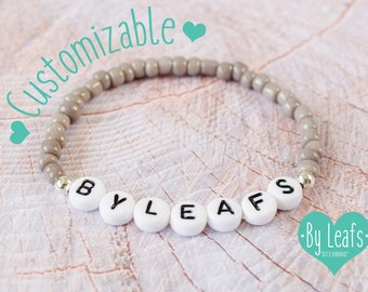 Personalized bracelet with white letter beads and rocailles glass beads - Name bracelet - Friendship bracelet - Choose your own text