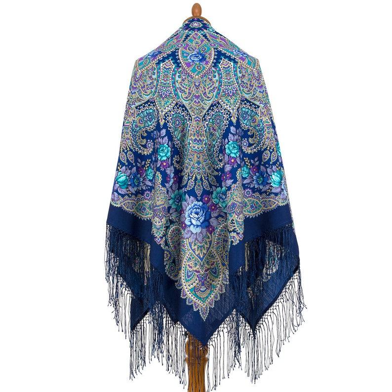 30018f817f91a PAVLOVO POSSAD châle 100 % laine fil italienne 135 x 135 cm   Etsy