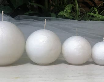 Set of 4 White Sphere (Ball) Candles