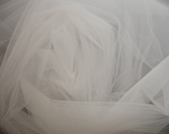 Light ivory  English bridal Tulle Fabric, Bridal Tulle 3 meters width