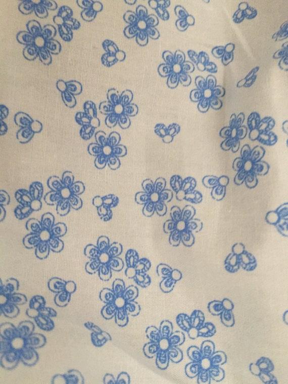 1 metros Rose /& Hubble material de tela de algodón popelín-azul con estrellas blanco