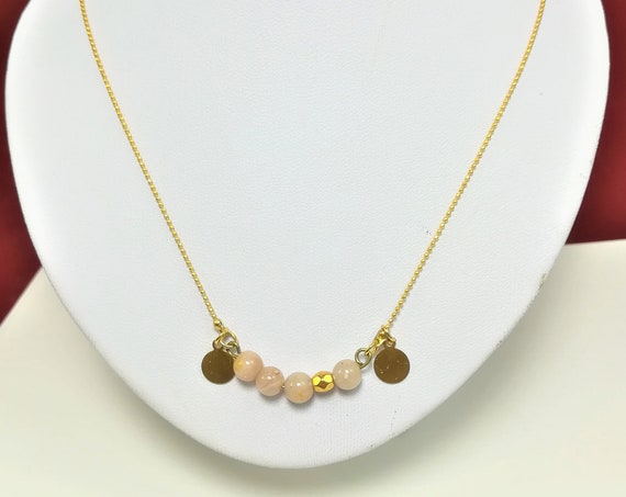 minimalist necklace with an ultrafine chain and medals gold plated and moonstone pearls