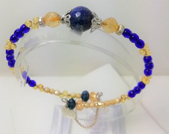 Bracelet Bangle stone lapis lazuli and citrine, boho beads, silver chain and charms
