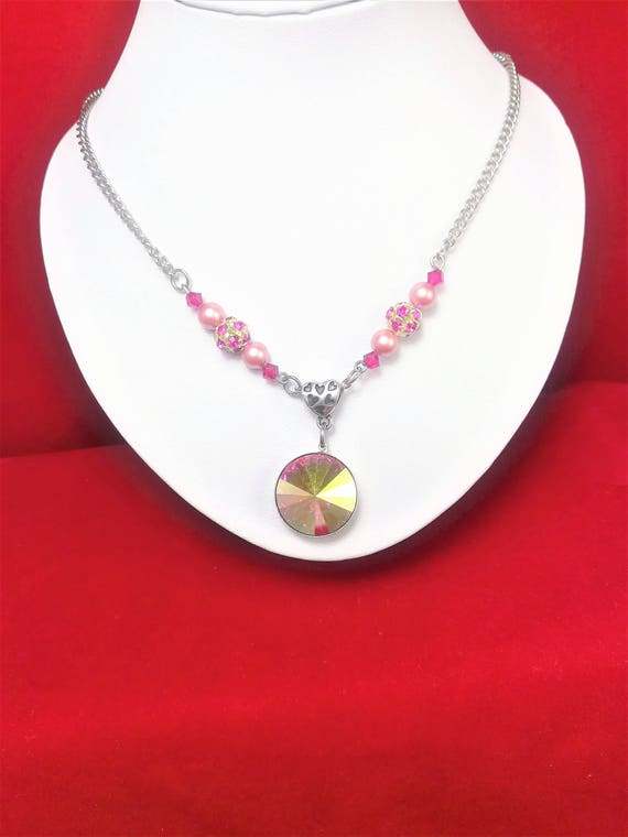 Necklace cabochon SWAROVSKI luminescent pink with pearls and filigree beads