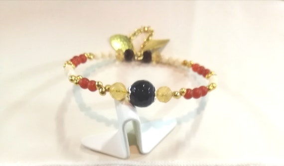 Bracelet fine chain plated gold with boho beads and gemstones