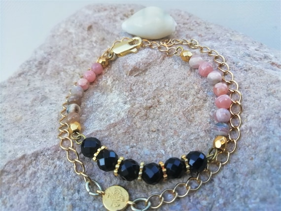 gold-plated chain bracelet with onyx beads and rhodochrosite