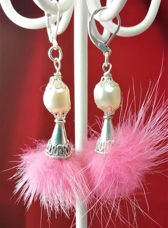 Earrings Silver 925, Swarovski White Pearl and Pompom fur old pink