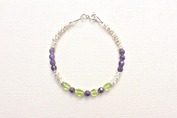 Bracelet gemstones amethyst and Peridot and seed beads