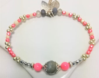 Bracelet Bangle fine stones, Labradorite, pink coral, boho beads, silver chain and charms