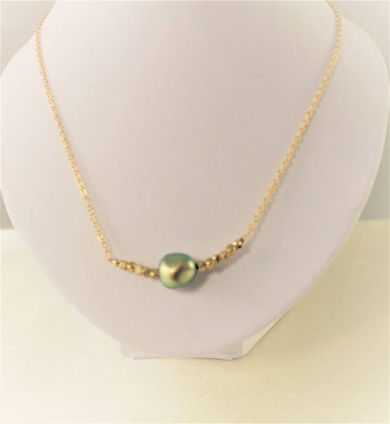 Necklace Pearl swarovsk i green imitation pearls with Golden brass and string beads plated