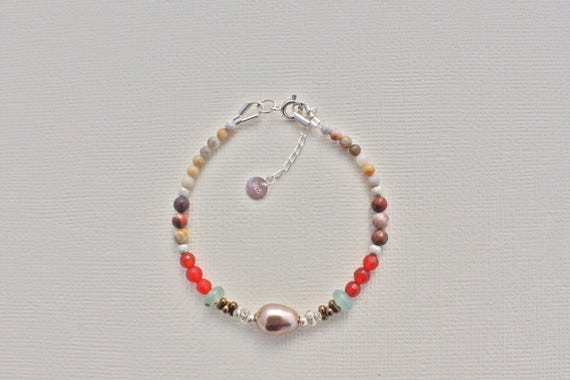 bracelet fin swarovski pierres fines : Mexican eirdseye ryolite, cornaline, crazy lace agathe, aventurine