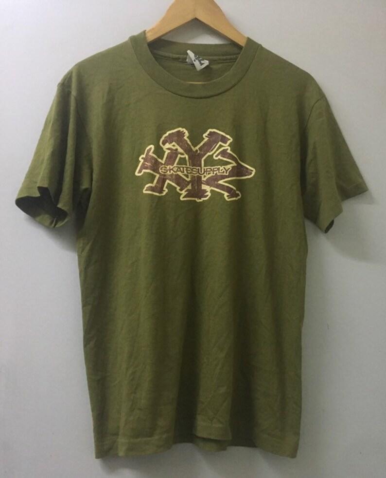 Vintage 90s XYZ  skateboard T-shirtskateboard stussy thrasher streetwear skateboarding T shirt size M made in Usa