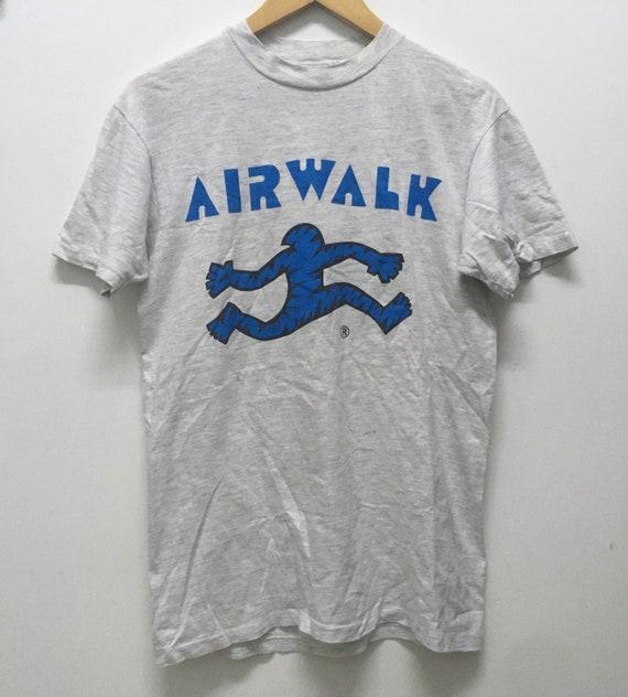 Vintage 90s Airwalk skateboard tshirt size M/skat… - image 2