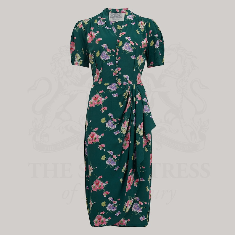 Vintage Style Dresses | Vintage Inspired Dresses Mabel Dress in Green Mayflower Print by The Seamstress of Bloomsbury | Authentic Vintage 1940s Style $113.38 AT vintagedancer.com