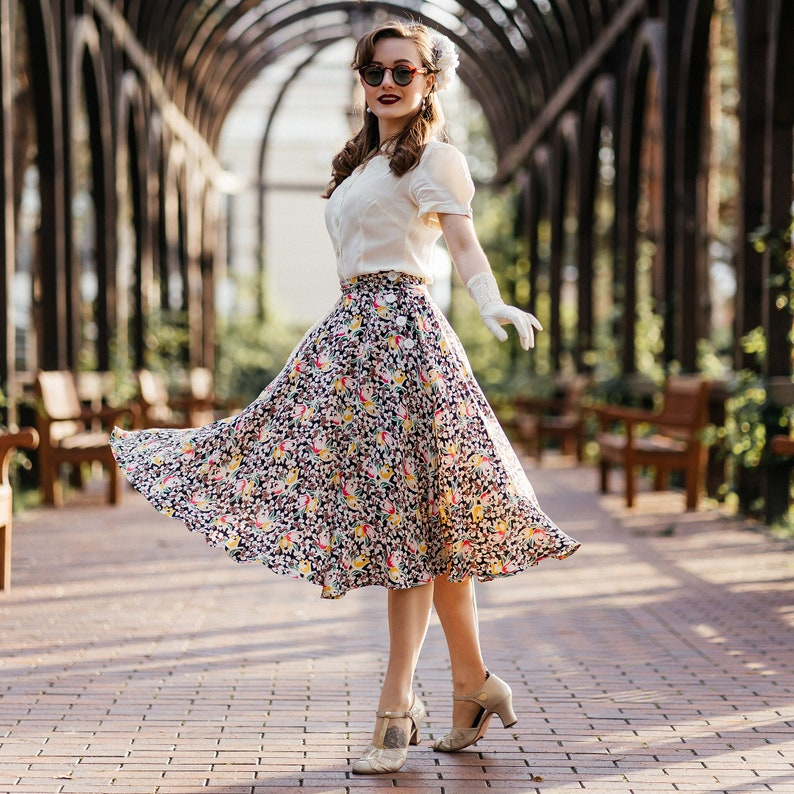 1940s Teenage Fashion: Girls Isabelle Skirt in Tulip Print by The Seamstress of Bloomsbury | Authentic Vintage 1940s Style $70.99 AT vintagedancer.com