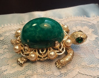Vintage Silver Tone Turtle Brooch With Large Green Jelly Belly Stone, Ladies Green Turtle Brooch Pin