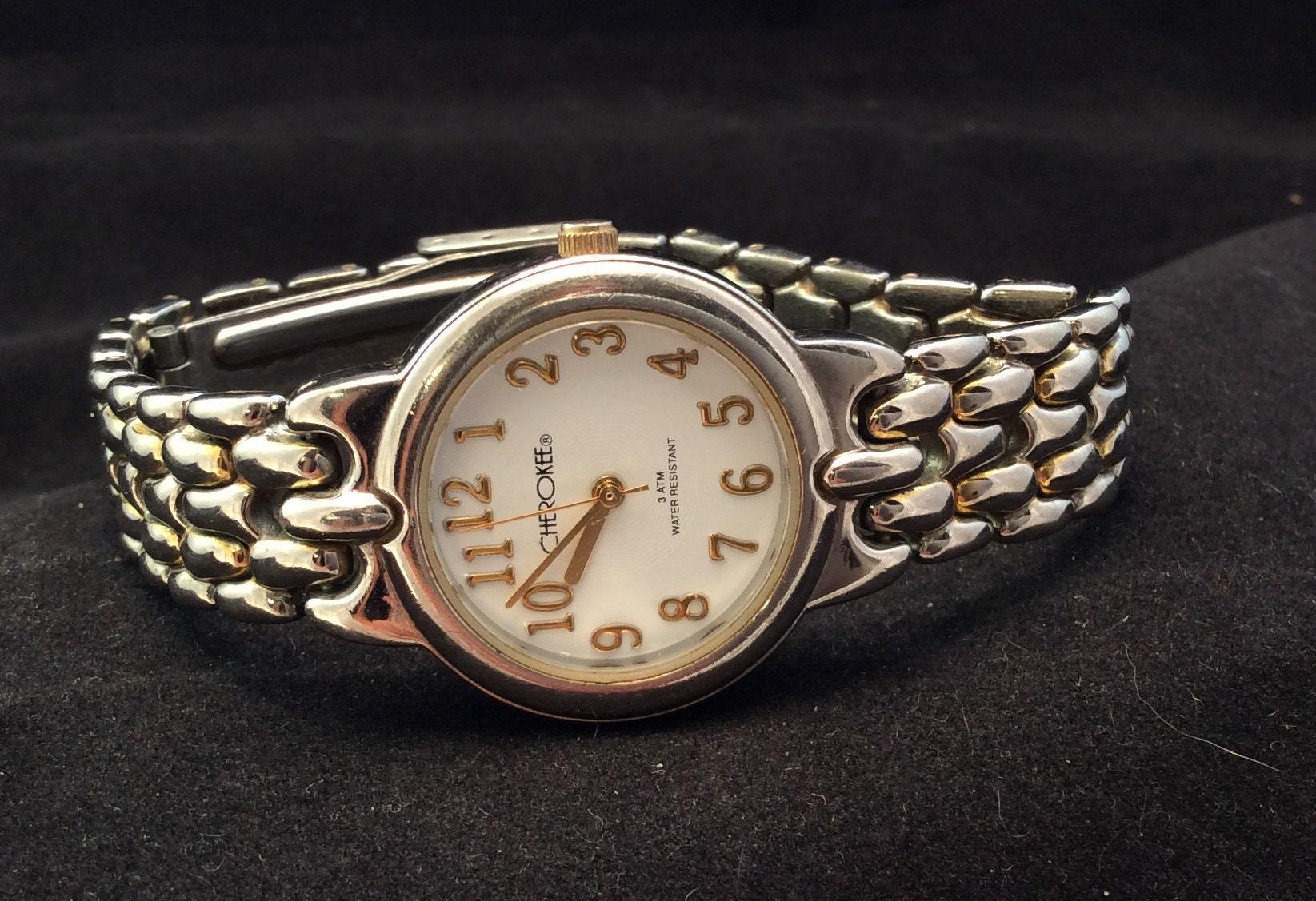 Very Nice Vintage Ladies Cherokee Silver Quartz Watch With Gold Numbers Ladies Cherokee Quartz Analog Watch