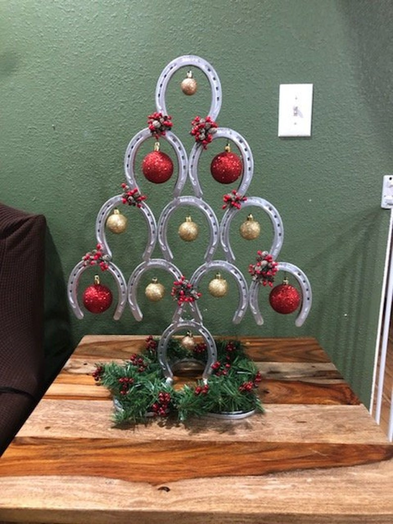 Horseshoe Christmas Tree.Horseshoe Christmas Tree Horseshoe Table Topper Christmas Tree Table Topper