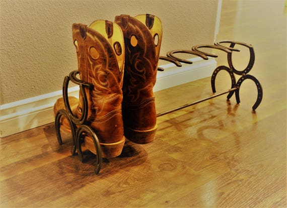 Horseshoe Bootrack