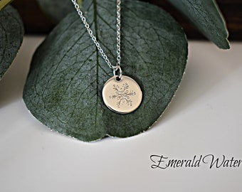 Details about  /Snowflake Floral Round Pendant Everyday Jewelry Gifts ideas Minimal Necklace