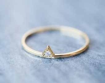 Triangle dainty diamond ring 14K 18K rose gold small diamond engagement ring diamond promise ring white gold stackable ring anniversary ring