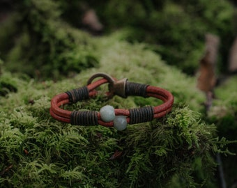 Burmese Jade Quartz - Signature bracelet - Leather bracelet - Heart chakra bracelet - Handmade Gift - Handwoven