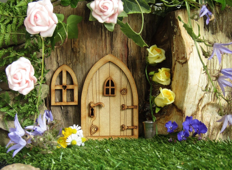 Country Cottage Wooden 3D Fairy Door Craft Kit with Fairy image 0