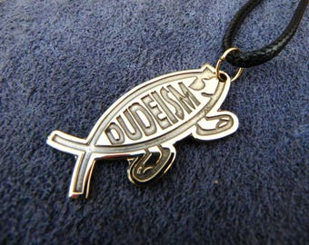Dudeism pendant, Go with the flow
