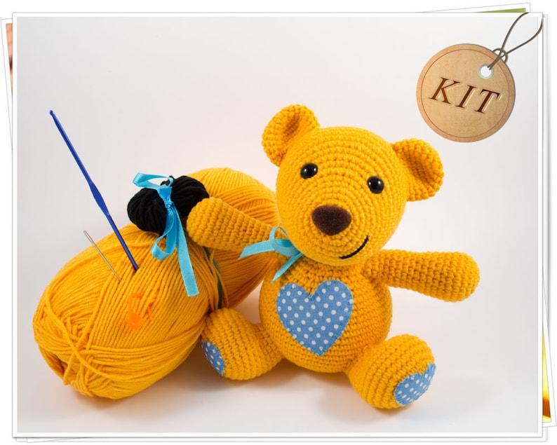 Fluffy Bear Acrylic Yarn Handmade Kit for Intermediates
