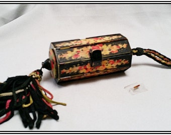 Antique French Vintage flapper's galalith /celluloid vanity/compact purse pink and black