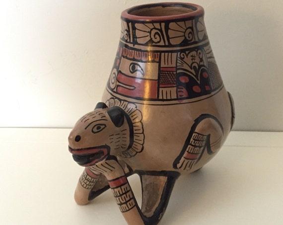 Central American Jaguar Fetish Pottery Figural Vessel, Honduras, Lenca Tribe